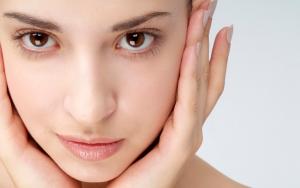 Benefits of Not Wearing Makeup - Healthy Skin