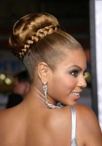 Beyonce Hairstyles - Mega Bun