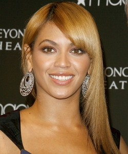 Beyonce Hairstyles - Side Bangs